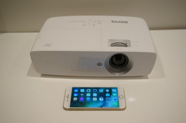 iPhone 7 Plusとのサイズ比較